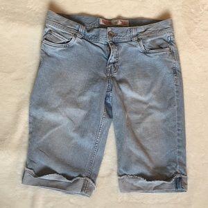 Low rise Bermuda jean shorts
